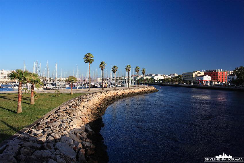 Portugal Algarve - Hafeneinfahrt Lagos