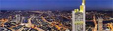 Bild Frankfurt bei Nacht - Panorama vom Maintower