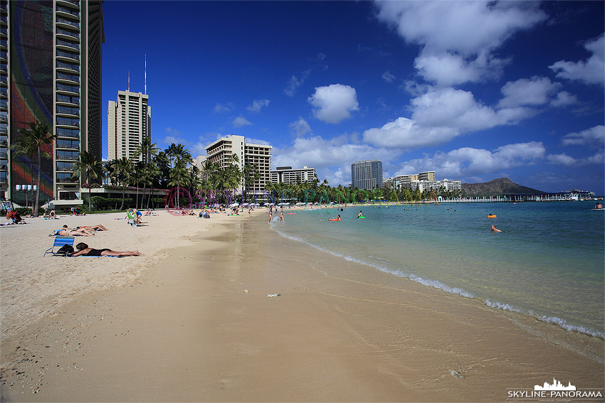 hawaii Fort DeRussy Beach
