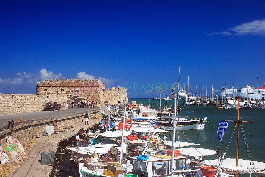 Hafen von Heraklion Kreta mit der Fortezza