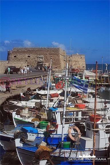 Hafen von Heraklion Kreta Fortezza Fischerboote