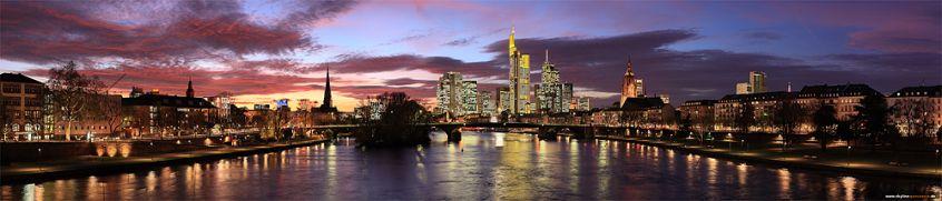 Skyline Panorama von Frankfurt