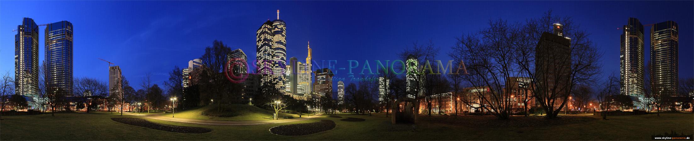 Frankfurt Bilder - Die Hochhäuser der Skyline von der Taunusanlage aus aufgenommen.