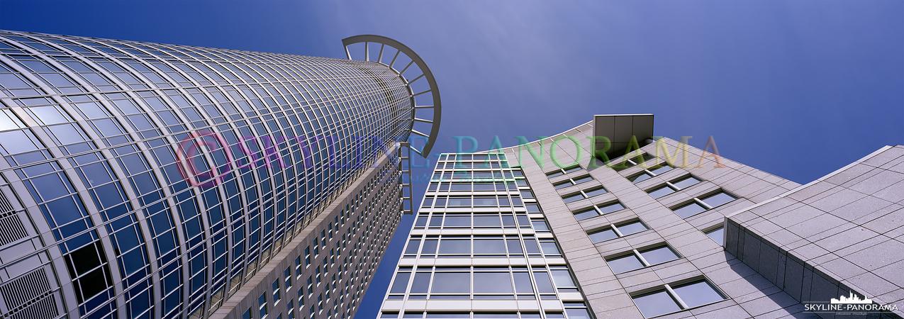 6x17 Panorama - Der Frankfurter Westend Tower im Bankenviertel der Mainmetropole als Panorama im 6x17 Format.