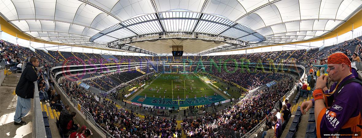 Panorama Commerzbank Arena beim letzen Spiel der Frankfurter Galaxy