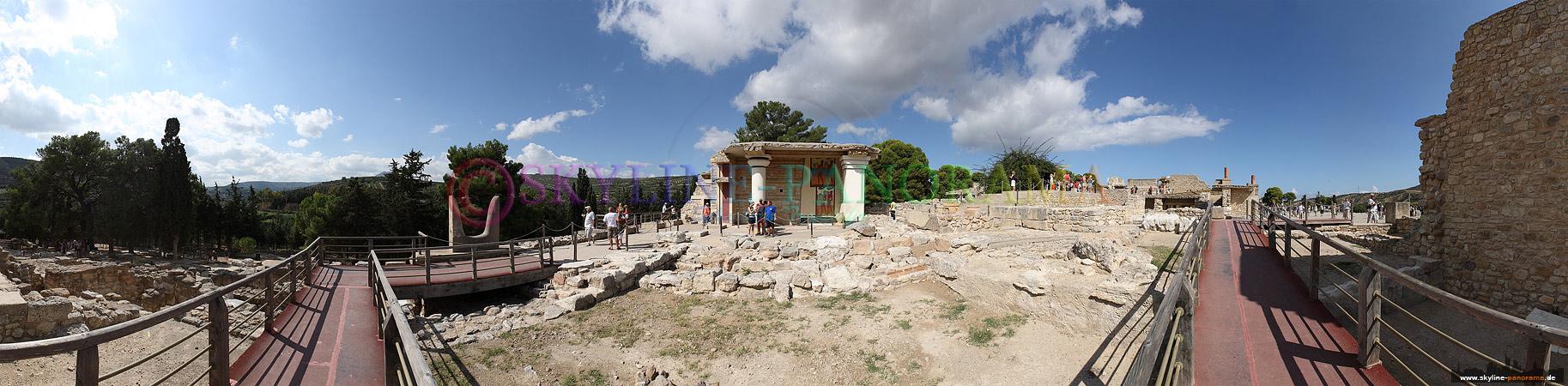 Kreta Bilder - Knossos, der Palast der Minoer ist nur wenige Kilometer hinter Heraklion gelegen.