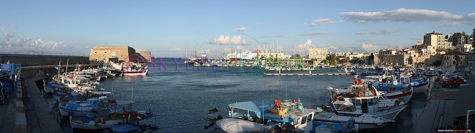 der Hafen von Heraklion am Tag aufgenommen