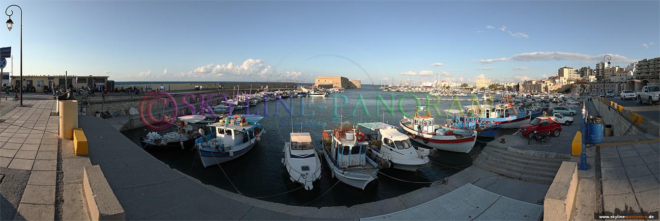 Bilder Kreta - Die Hafenanlagen von der Inselhauptstadt Kretas Heraklion.