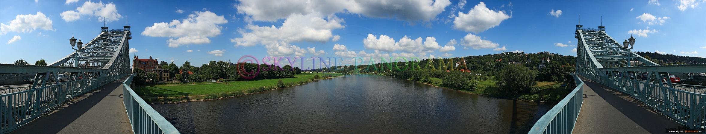 Dresden Bilder - Panorama in Richtung Elbschlösser vom Blauen Wunder aus gesehen.