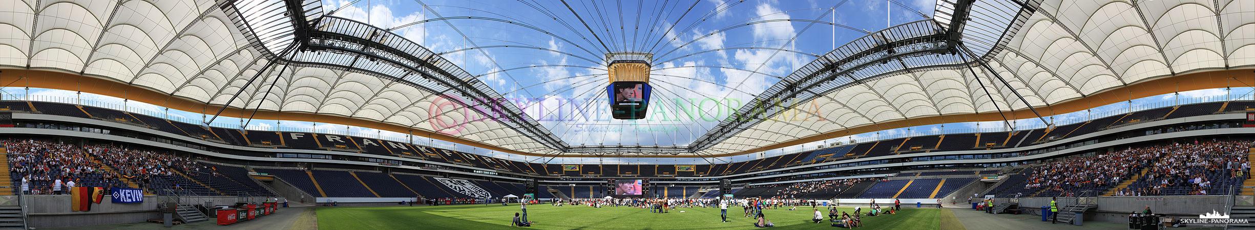 Public Viewing WM 2010 in der Frankfurter Commerzbank Arena