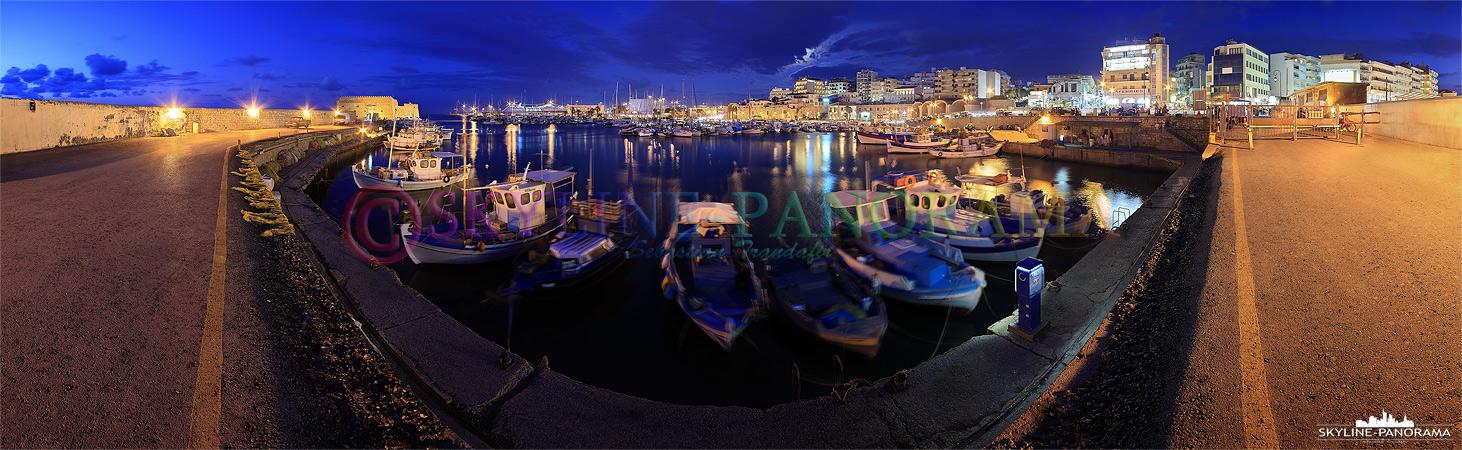 Panorama Bild aus dem Yachthafen von Heraklion, der Inselhauptstadt von Kreta. Zu sehen ist der venezianische Hafen und die bekannte Fortezza am Abend.