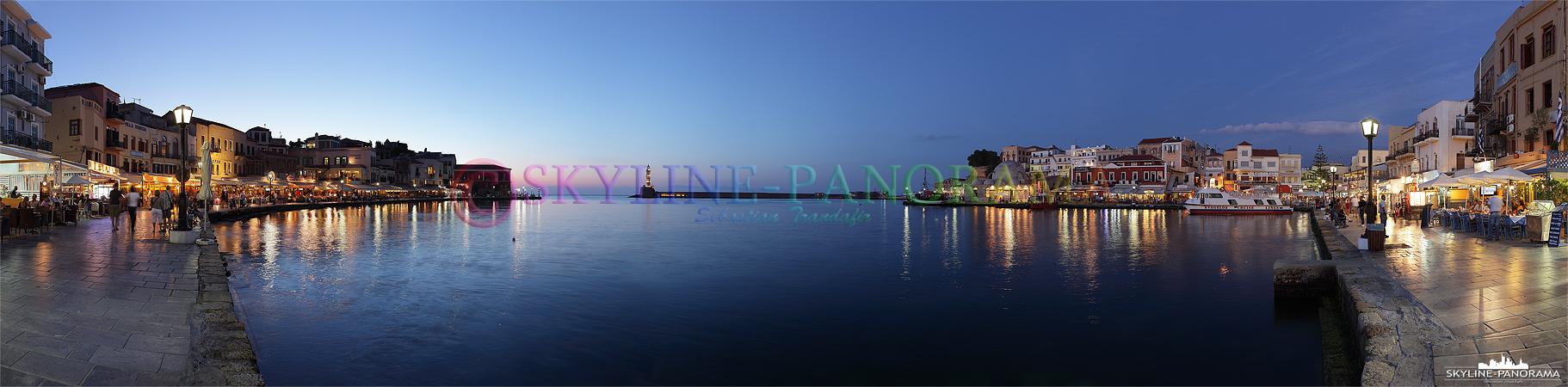Der venezianische Hafen mit dem Leuchtturm von Chania und zahlreichen Restaurants sind ein Muss für jeden Besucher der im Westen Kretas gelegenen Hafenstadt.