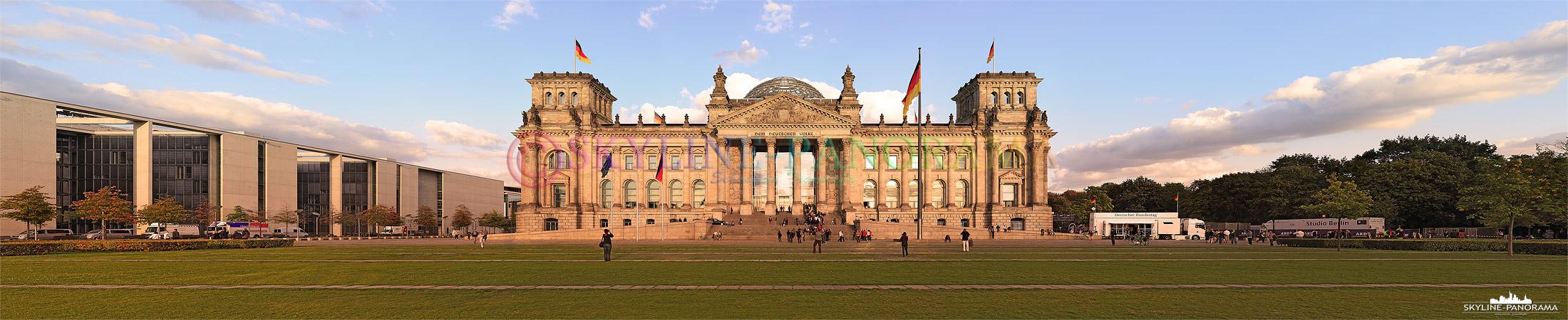 Reichstag Berlin - Das Reichstagsgebäude ist seit 1999 Sitz des Deutschen Bundestages, es befindet sich im Berliner Bezirk Mitte, im neuen Regierungsviertel auf dem Platz der Republik. Der Reichstag zählt zu den bekanntesten und am meisten besuchten Sehenswürdigkeiten der Deutschen Hauptstadt.