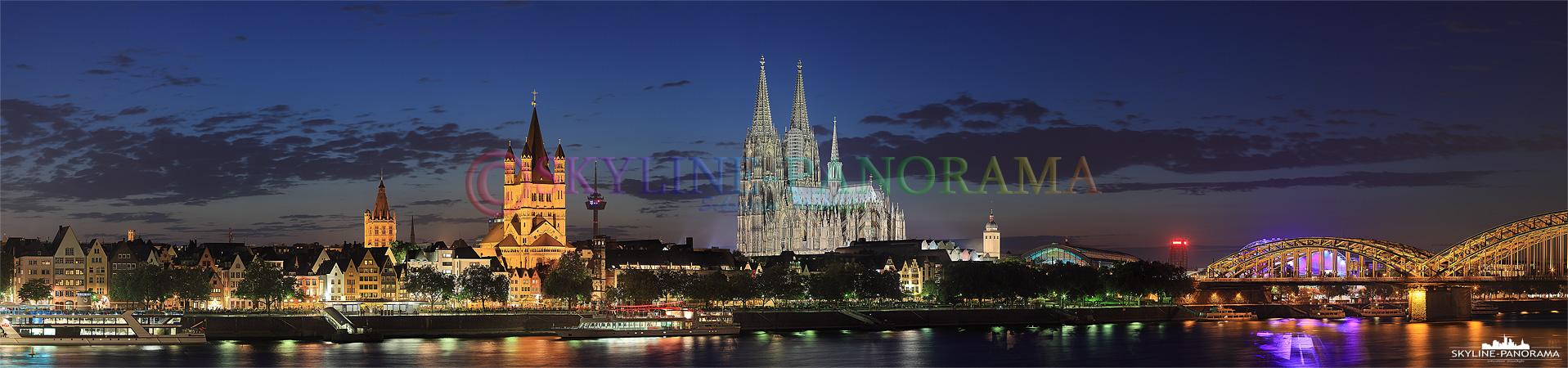 Das Köln Panorama zur einbrechenden Nacht, erst jetzt, mit voller Beleuchtung und zur Blauen Stunde, kommen die Farben und Lichter der Stadt richtig zur Geltung.