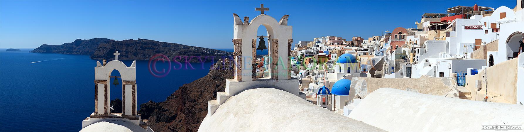 Das Dorf Oia, am nördlichen Ende der Griechischen Insel Santorini, zählt zu den schönsten Orten der gesamten Kykladen - hier ist Griechenland am griechischsten.