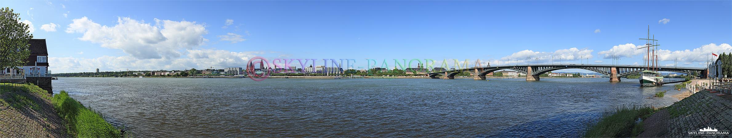 Mainz Panorama - Die Skyline von Mainz entstanden am Rheinufer in Mainz Kastel.