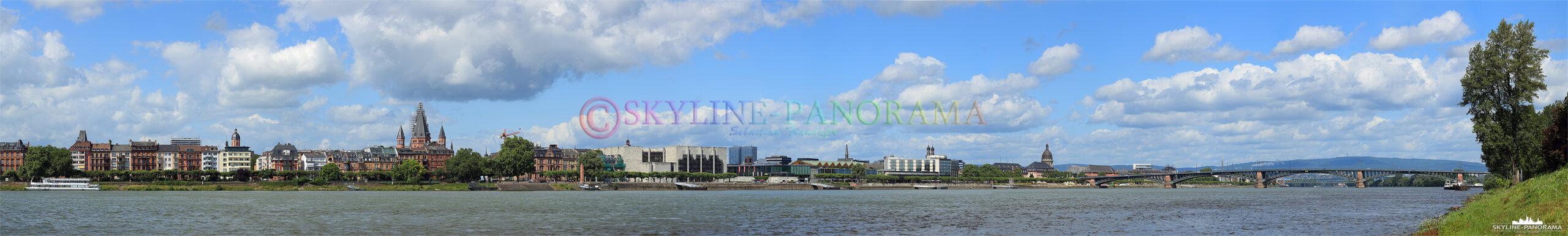Panorama Mainz - Das Panorama zeigt die Skyline von Mainz, der Landeshauptstadt von Rheinland-Pfalz.