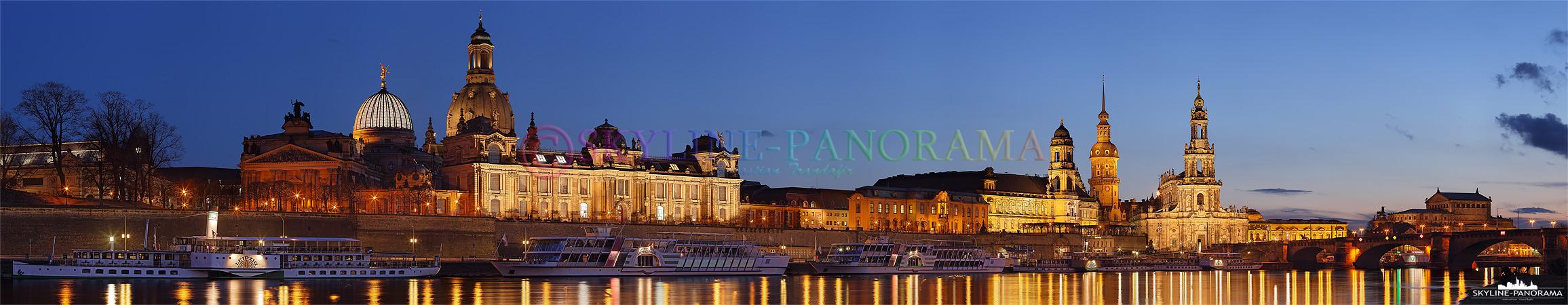 Das Panorama zeigt die Stadtansicht der sächsischen Landeshauptstadt Dresden mit den historischen Bauwerken aus Renaissance, Barock und 19. Jahrhundert. Zu den beliebtesten Sehenswürdigkeiten Dresdens gehören die Frauenkirche, die Semperoper, der Zwinger und das Residenzschloss.