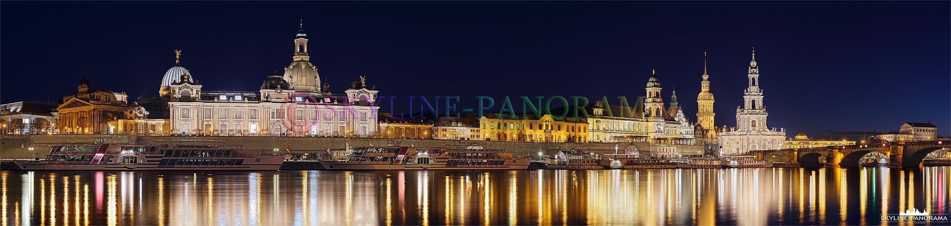 Den schönsten Blick auf das einzigartige Dresden Panorama hat man vom Elbufer zwischen Carolabrücke und Augustusbrücke aus.
