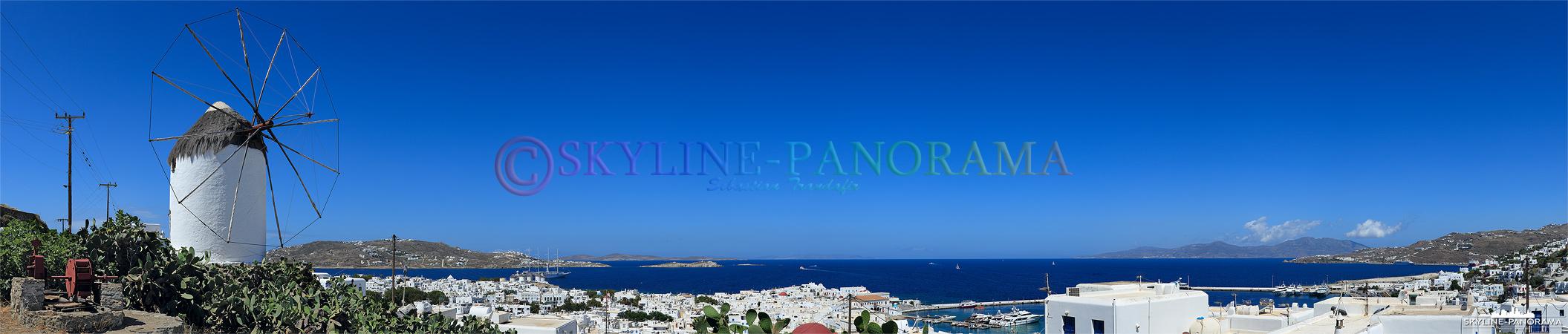 Die Windmühle von Ano Myli liegt im Osten der Chora, direkt an der Straße Agiou Ioannou. Von diesem Aussichtspunkt aus hat man einen Blick über Mykonos-Stadt
