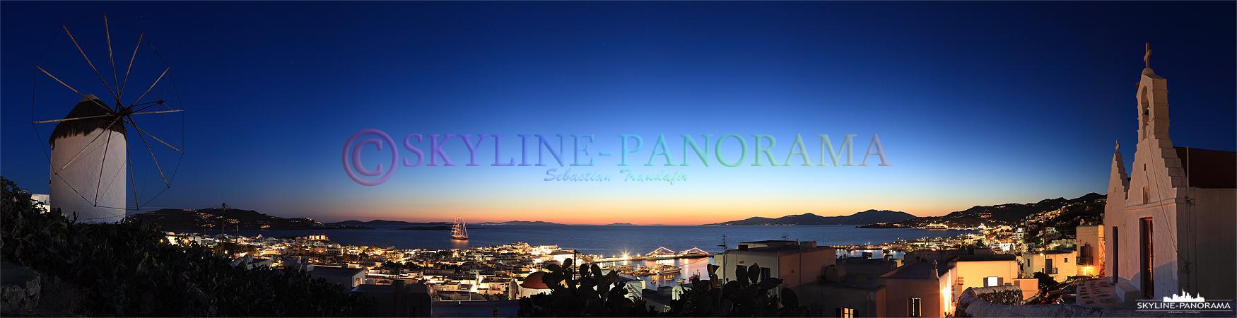 Sobald in Mykonos die Sonne untergegangen ist, erwacht das Nachtleben der Partyinsel, Discotheken, Bars und Cafés in der Chora von Mykonos sind in der ...