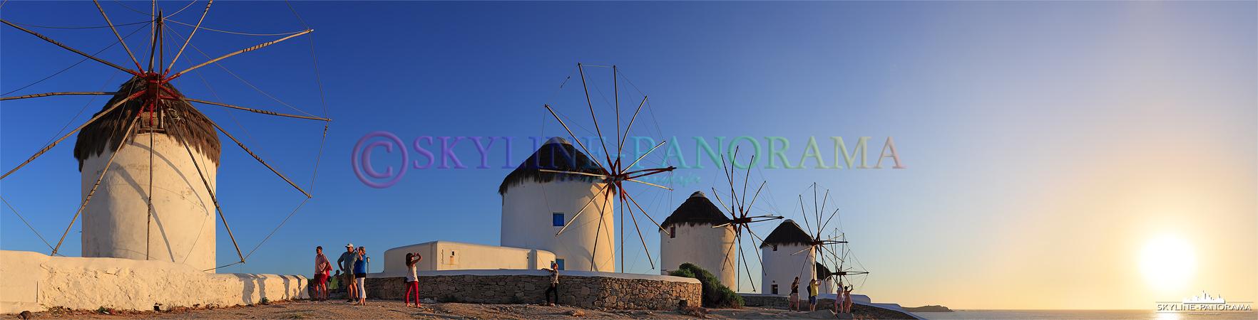 Windmühlen von Griechenland - Sonnenuntergang an den großen Windmühlen von Mykonos, sie sind das Wahrzeichen der Insel und befinden sich am Rand der Chora.