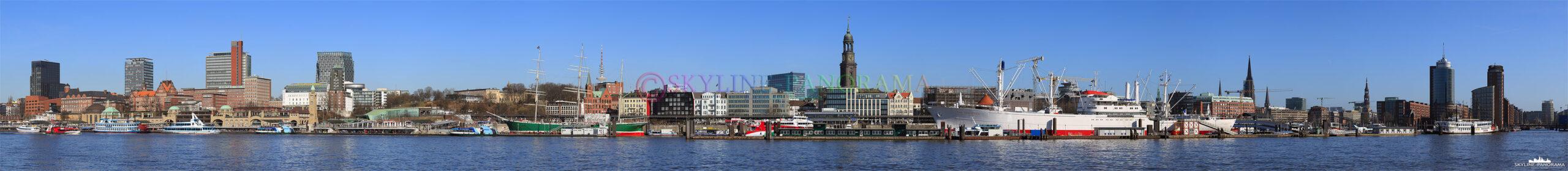Bilder aus Hamburg - Panorama der Hamburger Skyline mit den Landungsbrücken, Hafencity und Speicherstadt.