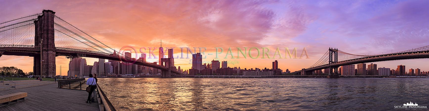 Skyline zum Sonnenuntergang - Einer der schönsten Orte, den Sonnenuntergang in New York zu erleben, ist der Empire Fulton Ferry State Park - die Sonne geht von diesem Spot betrachtet genau hinter der Skyline von Downtown Manhattan unter.