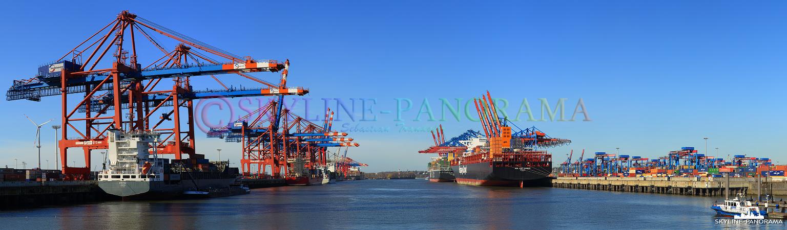 Panorama Hamburger Hafen - Panorama des Eurogate Terminals mit den Verladebrücken im Hamburger Hafen.
