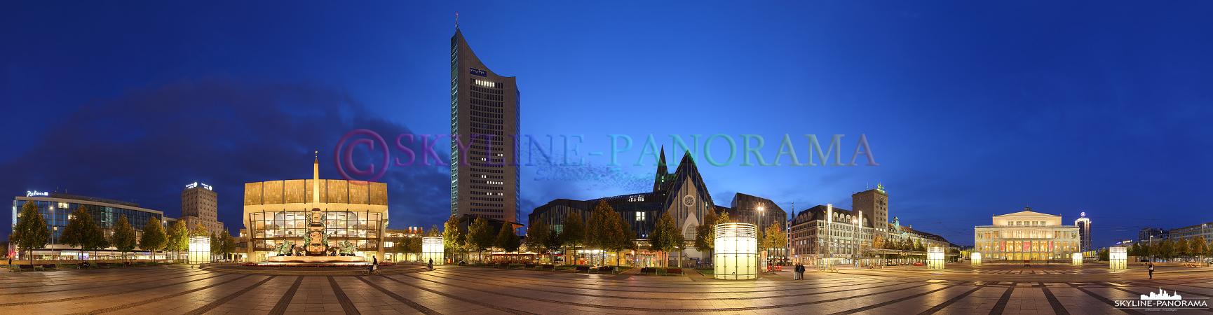 Auf diesem Panorama sind einige der bekanntesten Gebäude von Leipzig zu sehen, darunter ist das Gewandhaus, das City-Hochhaus Leipzig und das Opernhaus Leipzig.