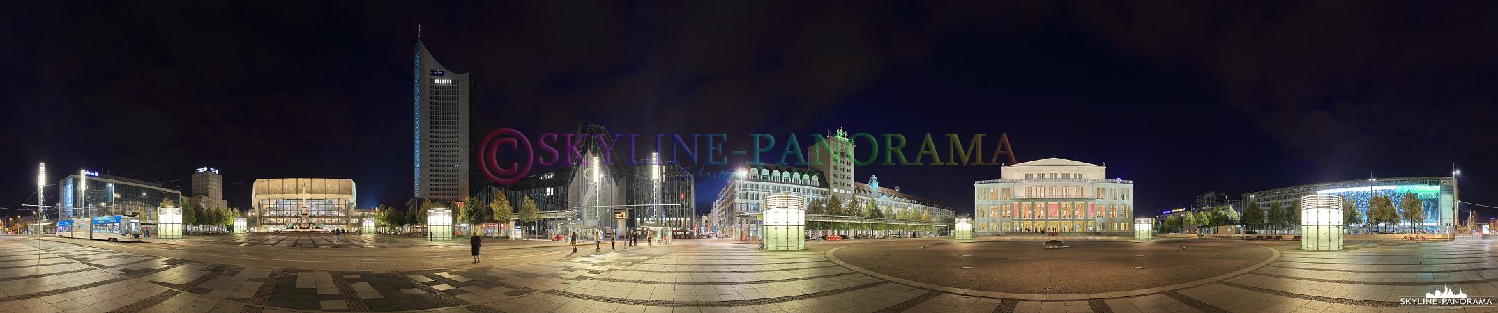 Leipzig am Abend - Der Augustusplatz mit dem Leipziger Opernhaus, dem Gewandhaus und dem City Tower als Panorama zur Nacht.