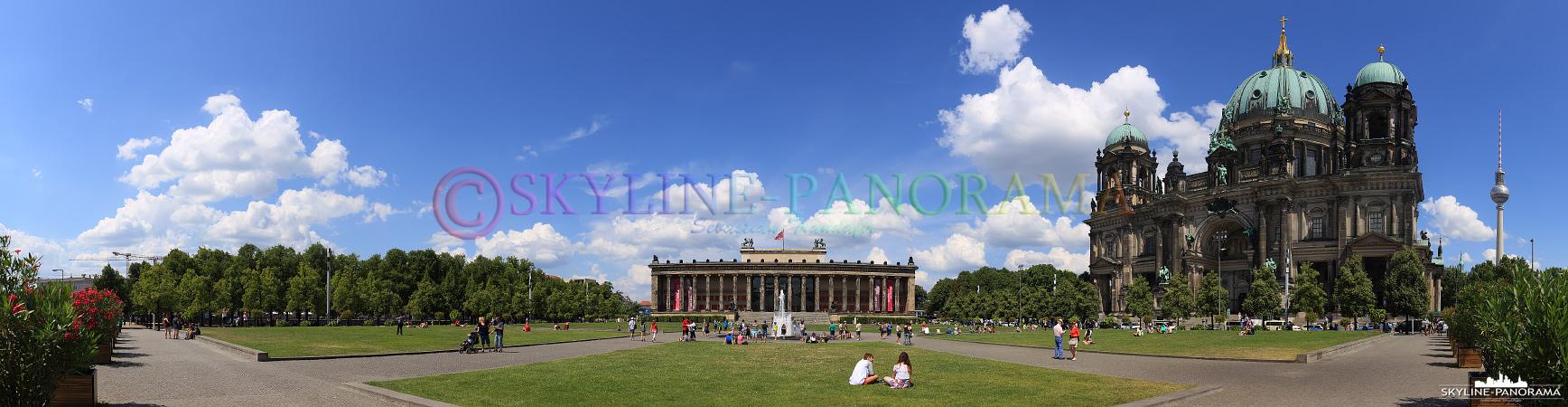 Berlin Panorama - Dieses Bild zeigt den Berliner Dom und das Alte Museum am Lustgarten in Berlin Mitte.