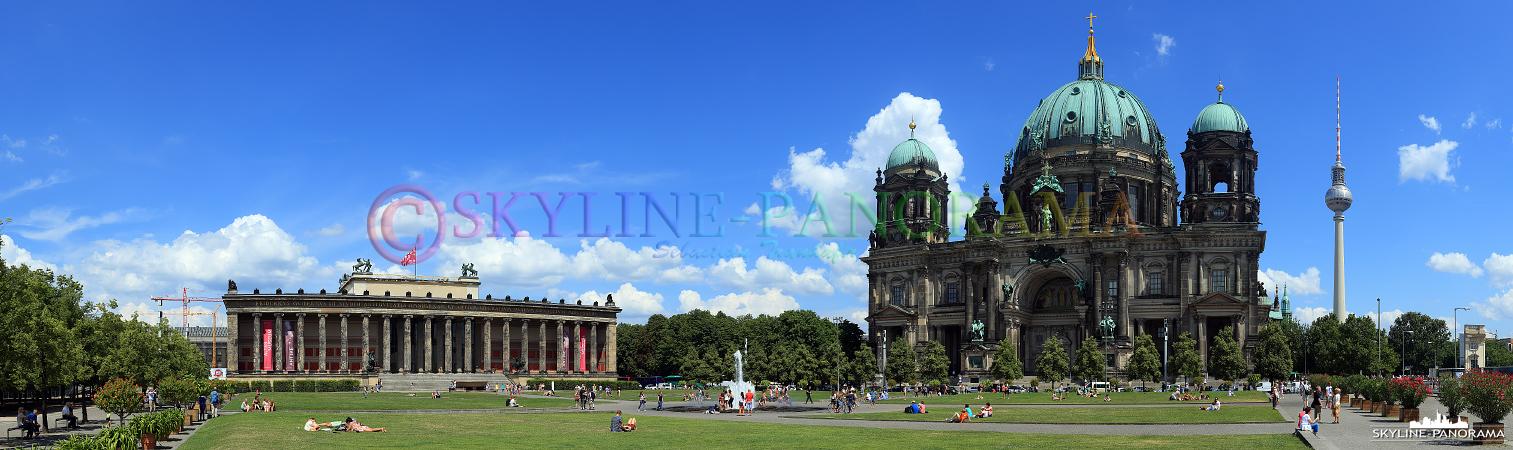 Hauptstadt Bilder – Sommerliches Panorama am Lustgarten mit dem Alten Museum, dem Berliner Dom und dem Berliner Fernsehturm.