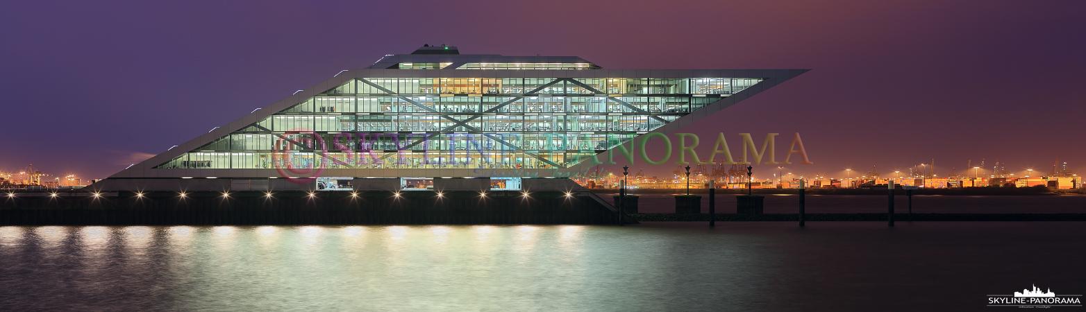 Sehenswürdigkeiten von Hamburg - Panorama vom Kontorhaus Dockland im Altonaer Fischereihafen.