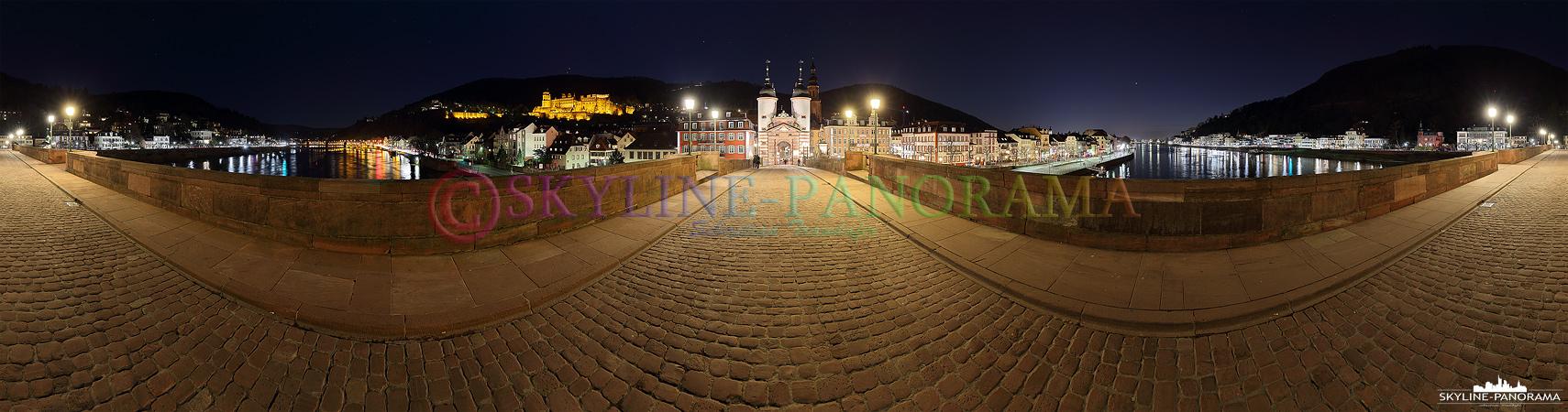 Panorama auf der Alten Brücke - Eine 360 Grad Ansicht der historischen Alten Brücke von Heidelberg mit Blick auf die Altstadt und das Schloss.