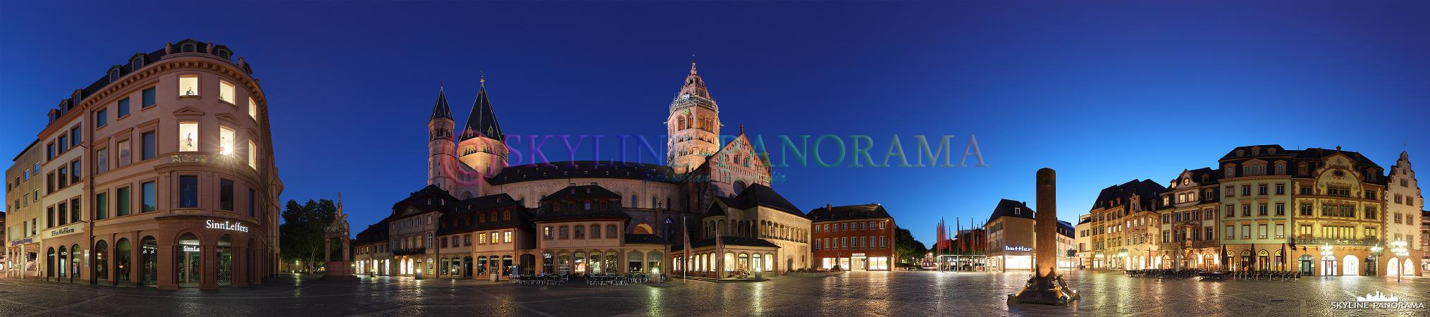 Der Markt von Mainz mit dem bekanntesten Gebäude am Platz, dem Mainzer Dom - nicht weniger bekannt und ebenfalls auf dem Panorama zu finden sind der Marktbrunnen, die Heunensäule und die mit wunderbar restaurierten Fassaden versehenen Markthäuser.