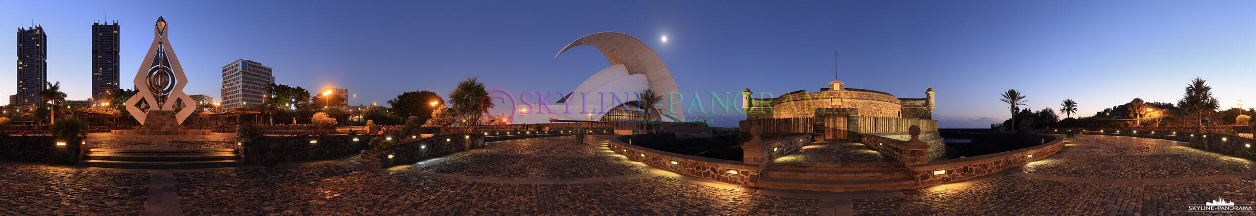 Panorama Santa Crurz - Das abendliche Panorama zeigt die Kongress- und Konzerthalle Auditorio de Tenerife und das historische Castello di San Juan Bautista.