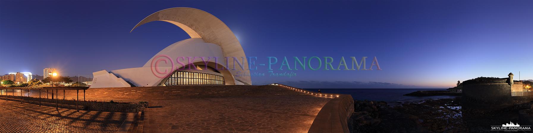 Eines der bekanntesten Bauwerke Teneriffas ist das Auditorio de Tenerife, das Kongress- und Konzerthaus ist das weithin sichtbare Wahrzeichen von Santa Cruz.