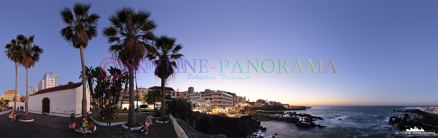 Bilder Teneriffa - Panorama auf die Kapelle San Telmo und einen Teil der abendlichen Promenade von Puerto de la Cruz.