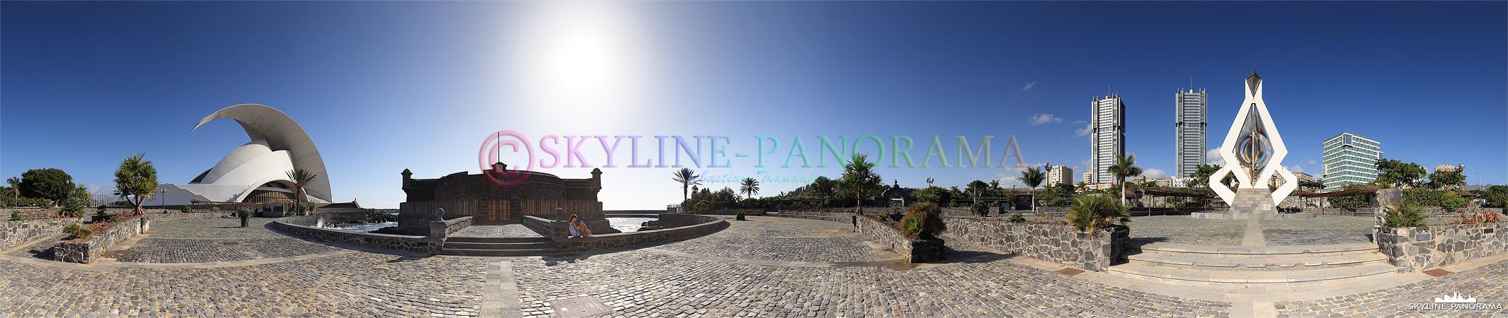 Bilder Santa Cruz - Das bekannte Auditorio de Tenerife und das historische Castello di San Juan Bautista als 360 Grad Panorama am Tag fotografiert.