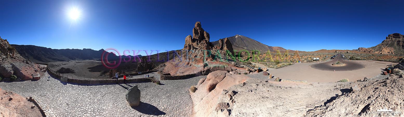 Sehenswertes auf Teneriffa - Blick vom Aussichtpunkt Roques de García in die Ebene Llano de Ucanca und den Gipfel des Teide.