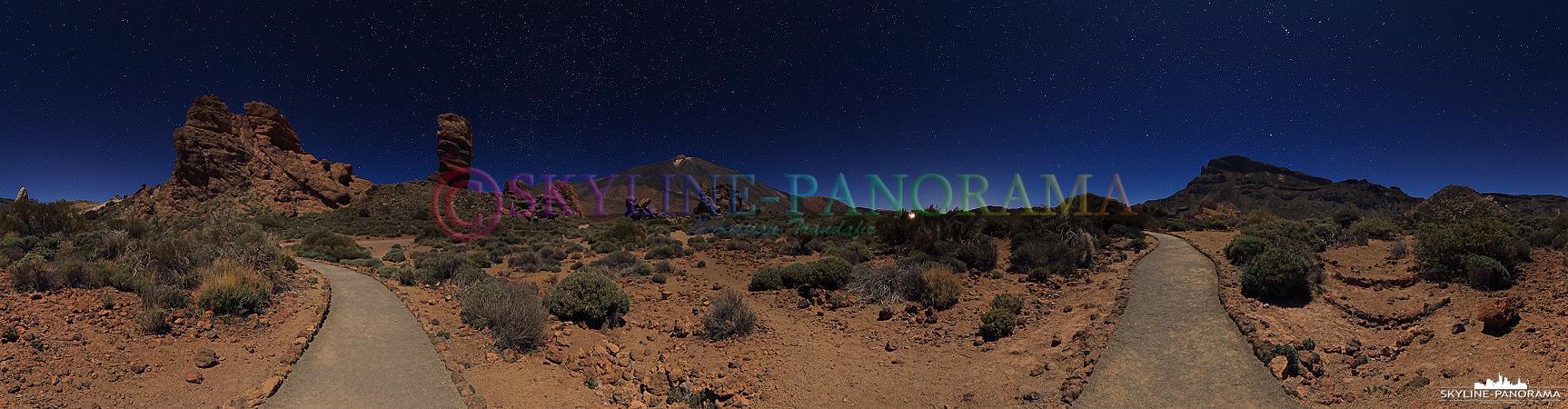Der Sternenhimmel über Teneriffa im Teide Nationalpark, aufgenommen wurde das Panorama in einer sehr klaren Vollmondnacht am Finger Gottes.