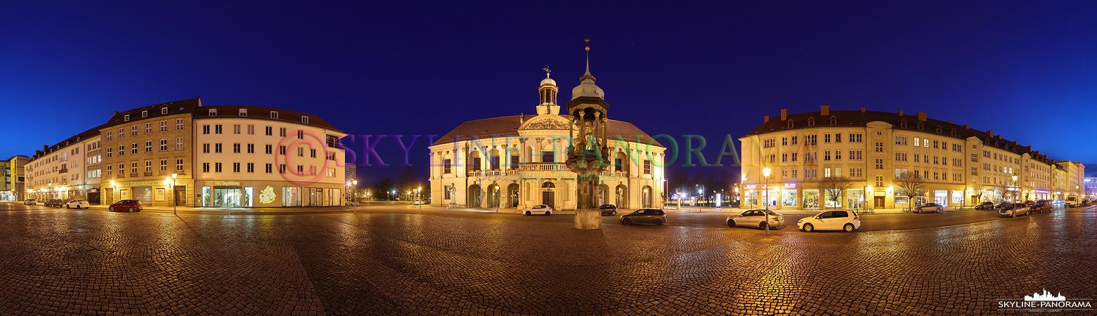 """Bilder aus Sachsen Anhalt - Der Alte Markt der Landeshauptstadt Magdeburg mit dem Alten Rathaus und dem bekannten Reiterstandbild """"Magdeburger Reiter""""."""