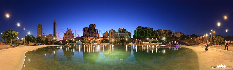 Panorama Teneriffa - Abendstimmung am Plaza de Espana im Herzen der Inselhauptstadt Santa Cruz de Tenerife.