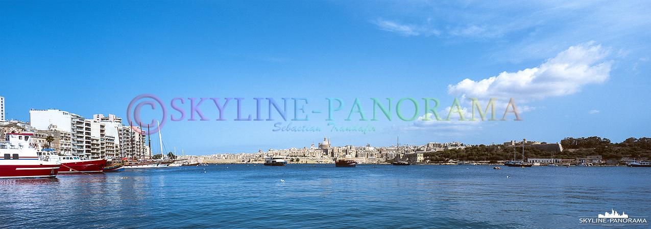 Bilder Malta - Die Stadtansicht von Valletta als 6x17 Panorama. Entstanden ist diese Aufnahme mit einer Panoramakamera als Dia mit dem Fujifilm Provia 400X.