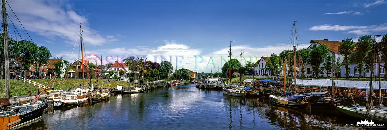 Bilder von der Nordsee - Der Hafenblick von Caroliniensiel als Panoramaaufnahme.