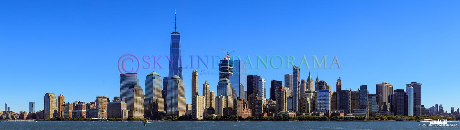 Bilder New York am Tag - Panorama der Südspitze von Manhattan mit dem alles überragenden One World Trade Center.