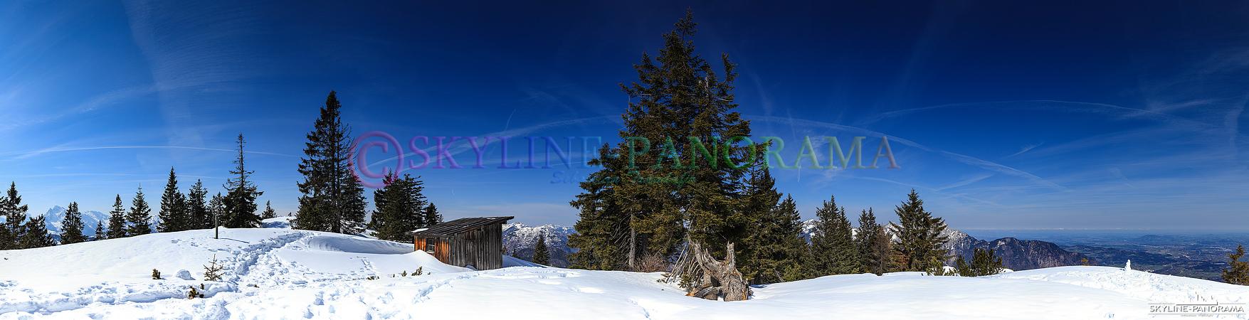 Bilder aus den Berchtesgadener Alpen - Der Predigtstuhl im Lattengebirge, dessen Gipfel auf 1613m liegt, gehört zu dem Gebiet der Ortschaft Bad Reichenhall und ist dank der Predigtstuhlbahn ein bekannter und beliebter Aussichtsberg in der Region.