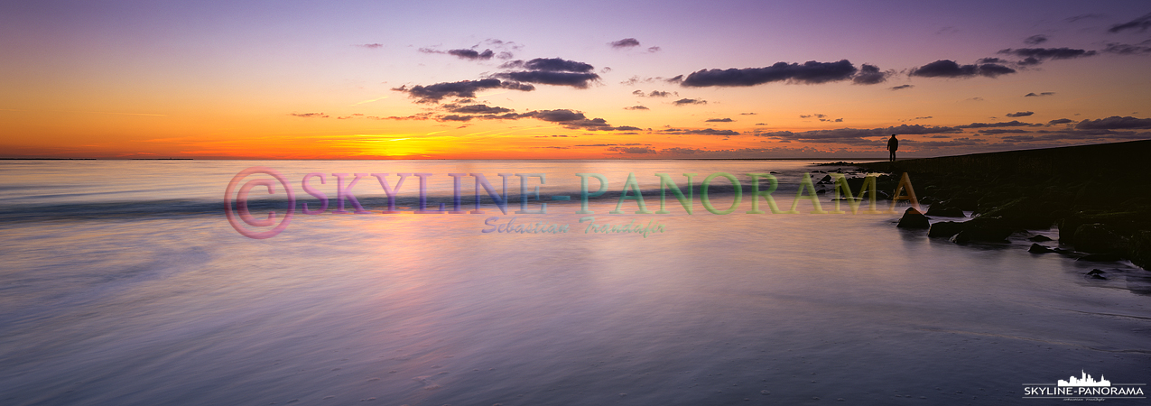 Nordsee Panorama - Abendrot am Strand von Borkum