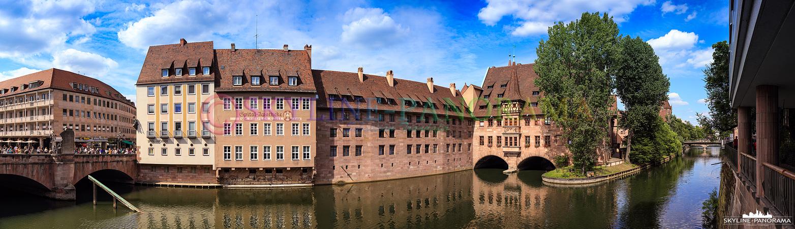 Altstadt Panorama - Das historische Heilig Geist Spital in der Nürnberger Altstadt.